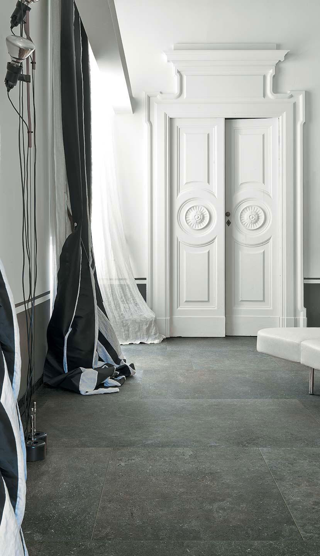 carrelage gris pietra aix en provence kei stone. Black Bedroom Furniture Sets. Home Design Ideas