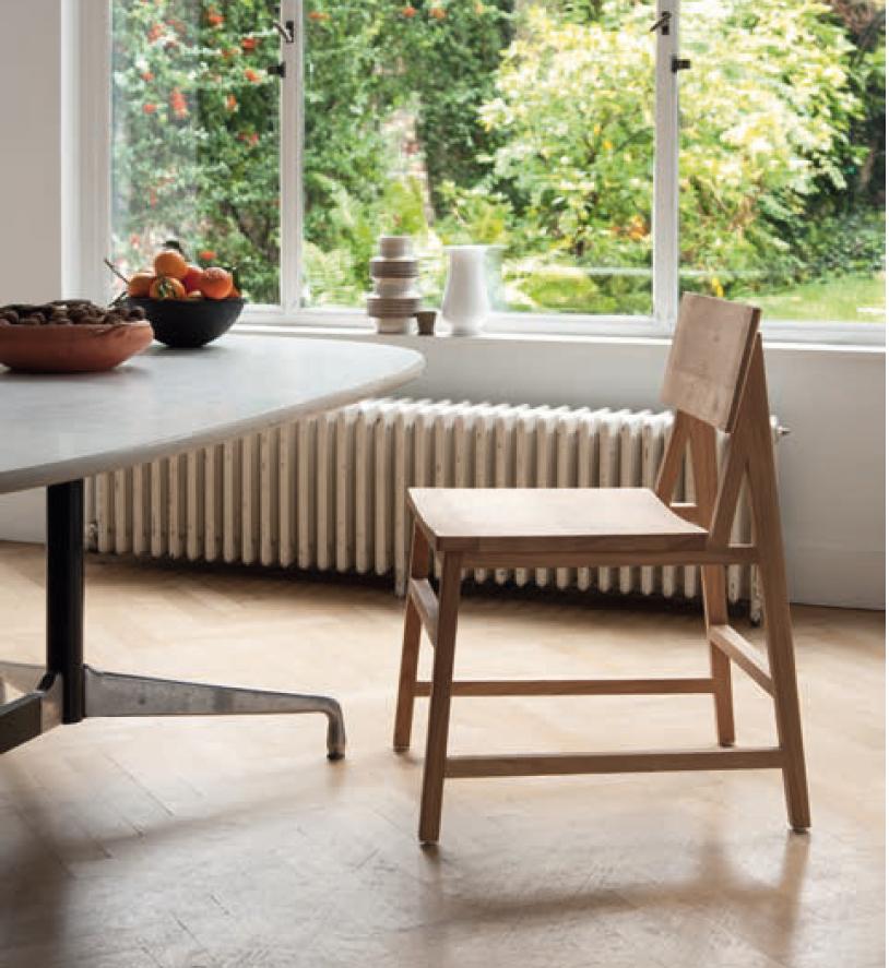 Chaise en bois chêne naturel massif Ehnicraft