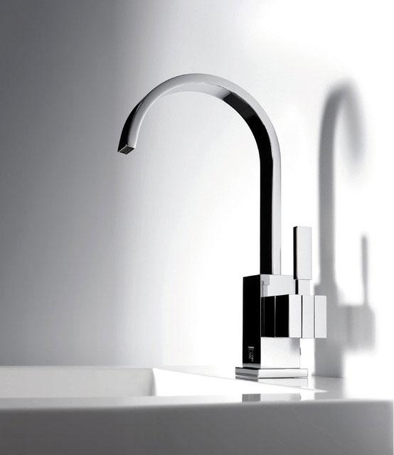 mitigeur mono commande de lavabo Steinberg