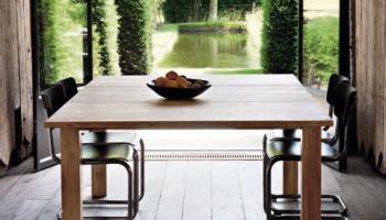 Table interieur ou exterieur en chene clair blanc massif Ethnicraft