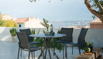Les jardins meubles & décoration kei stone aix en provence