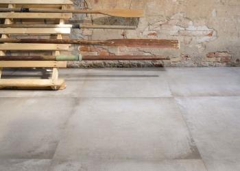 carrelage imitation dalle ciment béton ciré Leonardo waterfront - Kei-stone Aix en Provence