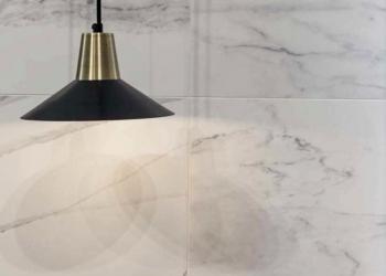 carrelage salle de bain casa dolce casa série Stone and more imitation marbre poli brillant, faïence salle de bain - Kei Stone Aix en Provence